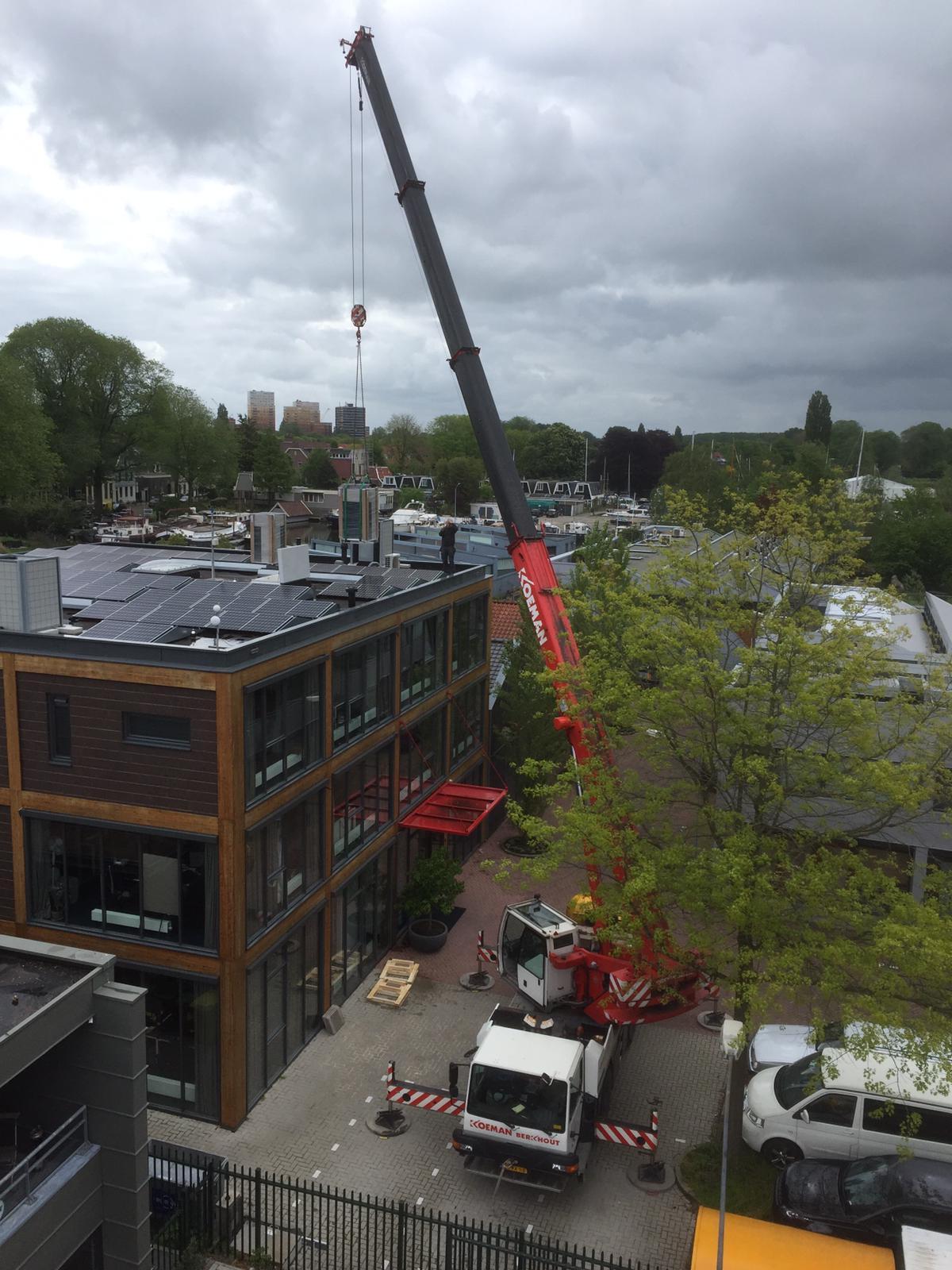 Spruijt Klimaat - Hoogwerker Amsterdam airco VRV systeem Spruijt Klimaat